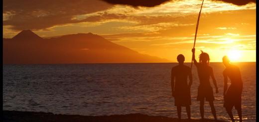 Santiago: Blick auf den Sonnenuntergang und Fogo